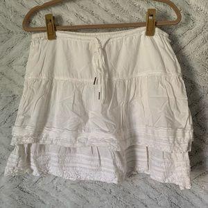 A&F • White Skirt